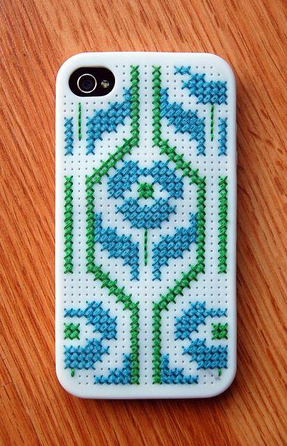 cross stitch iphone case #cross-stitch #I-Phone #DIY