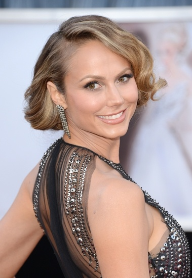 Stacy Keibler puts up her hair in a faux bob