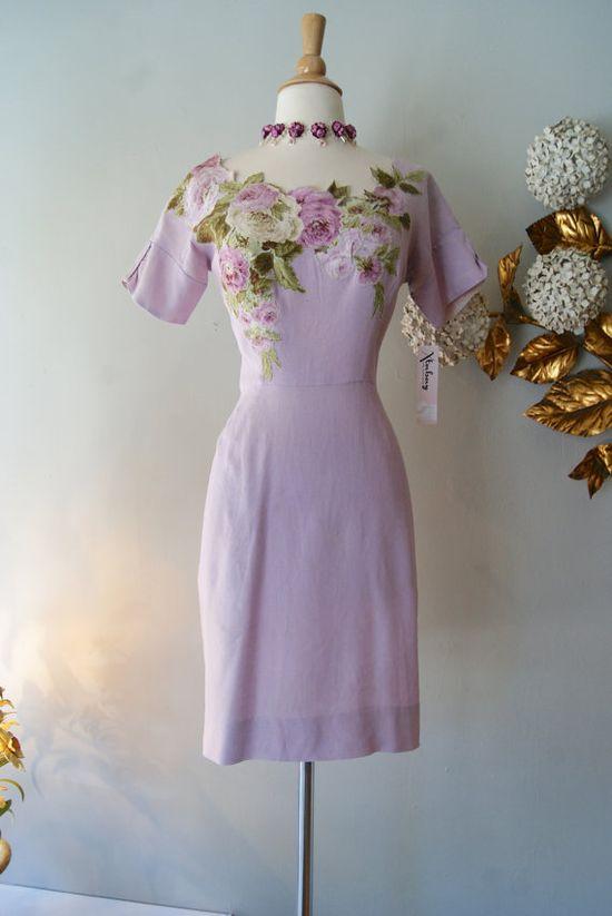 So enchantingly beautiful! #vintage #1950s #floral #flowers #purple #dresses