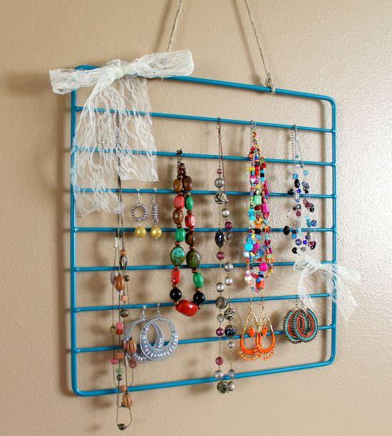 Oven rack to jewelry organizer