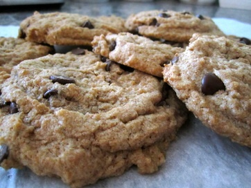 """""""fit"""" chocolate chip cookies"""