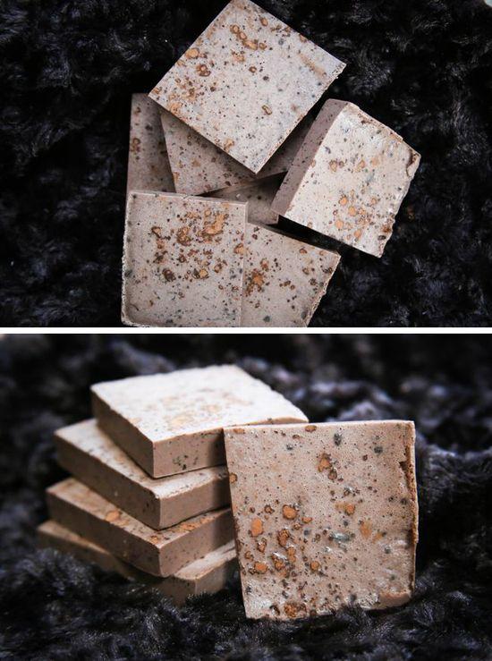 DIY: cocoa mint soap