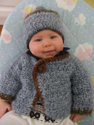 Cute Crocheted Baby Outfit    Please 'Like', 'Repin' and 'Share'! Thanks :)