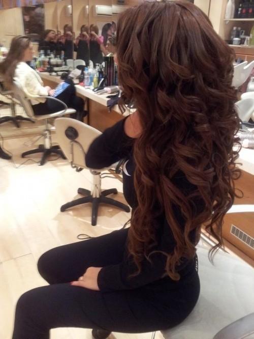 curly brunette hair