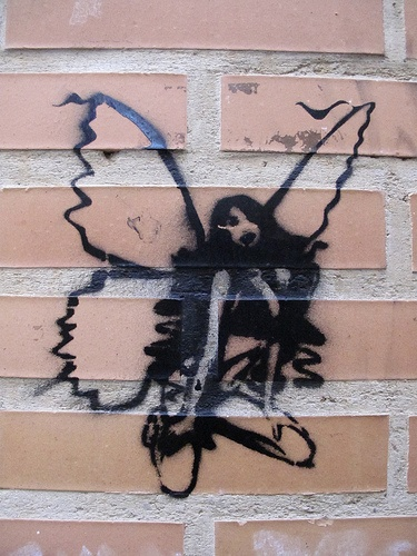 Valencia, Spain street art. Our tips for things to do in Valencia: www.europealacart...