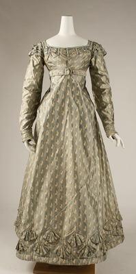 30-10-11  Dress  Date ca. 1820