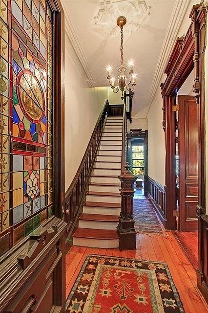South Elliott Place, Brooklyn, NY, Victorian brownstone interior ...