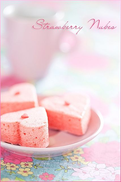 Light, darling, immensely yummy Strawberry Marshmallows. #baking #food #cooking #dessert #foodie #eat #delicious #marshmallows #pink #cute #hearts #ValentinesDay #Valentines #beautiful