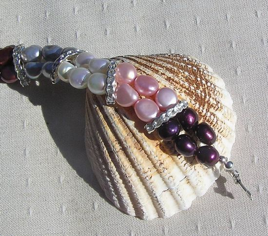 Multi Colored Freshwater Pearl Bracelet  Glamour by SunnyCrystals, £16.25 #jewelry #jewellery #bracelet #pearl #pink #cranberry #silver #white #black #blue