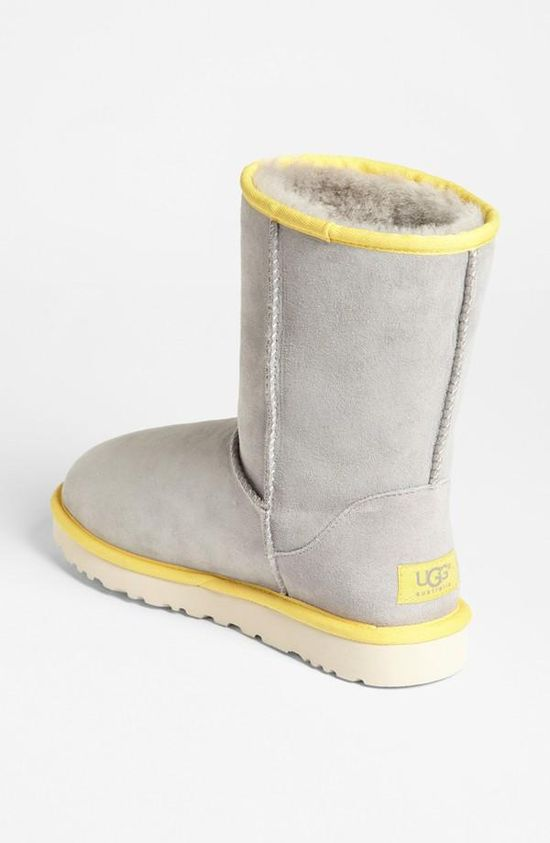 Exclusive Color - Ugg Australia