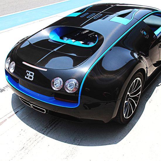 Stunning Bugatti Veyron Super Sport