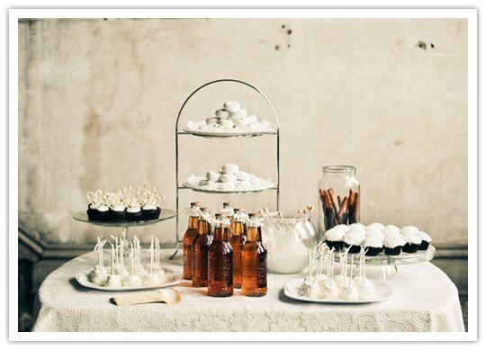 #Winter #White #Dessert Tables