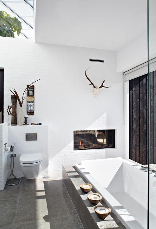 the most spectacular bathroom...via FOCUS! DAMN IT!