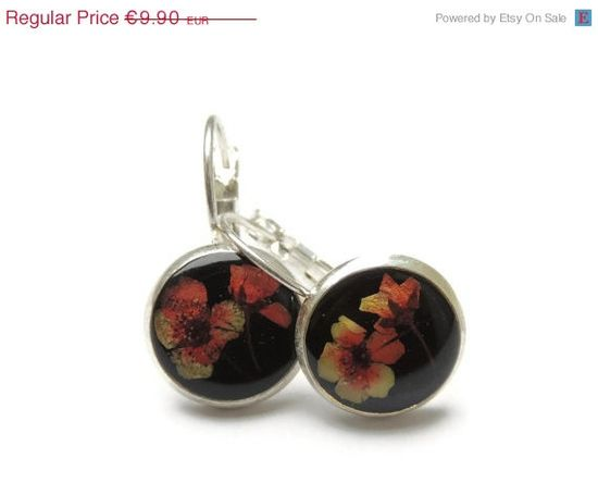 ON SALE Dried wild flowers earrings Red and by AmazoniaAccessories, €8.5  #fashion #women #handmade #jewelry #cute #small #earrings #studs #accessories #posts #black #red #flower #flowers #floral