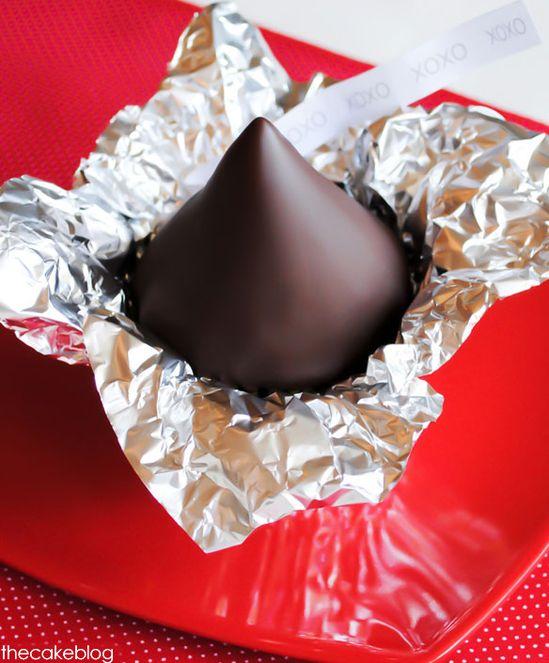 Chocolate kiss cupcakes ...so cute!