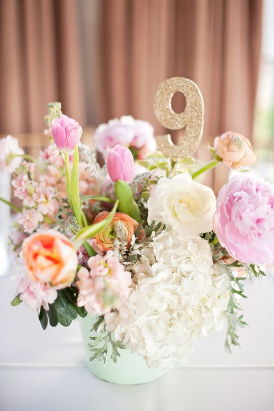 centerpieces with gold glitter table numbers // photo by Nine Photography // styling by After Yes