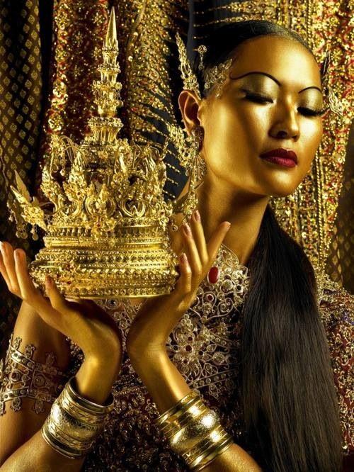 A golden girl I adore www.mineralmakeup...