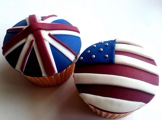 American/UK flag cupcakes