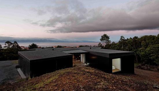SAMI Architects modern house design