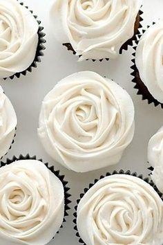 Rose cupcakes! Definitely something to keep in mind