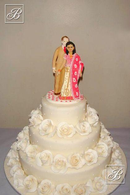 Warren's Cakes white wedding cake