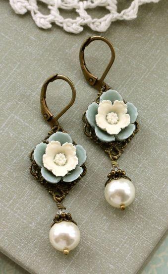 sweet little floral earrings