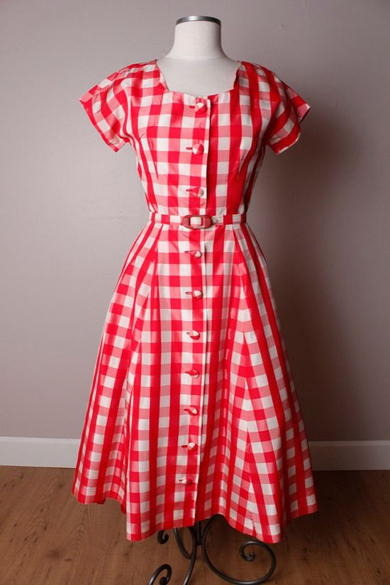 #red #gingham #summer #dress #picnic #vintage #1950s #fifties