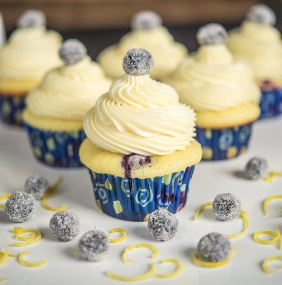 Blueberry Lemon Cupcakes with White Chocolate Icing. Unbeatable flavor combo – blueberries, lemon & white chocolate! #cupcake #recipe