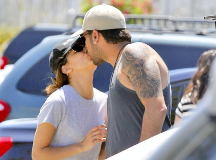 Eva Longoria and Eduardo Cruz reportedly split last month after a year of dating, but they sure look like more than friends to us!
