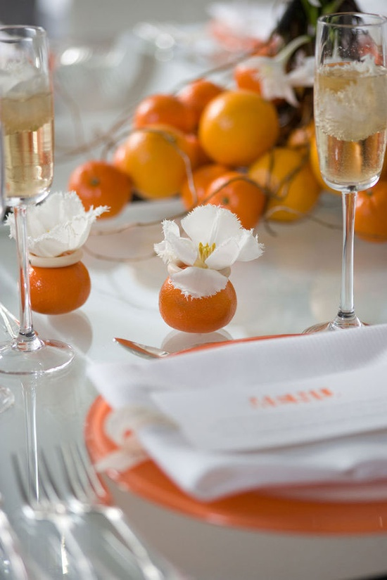 oranges as decor for your table
