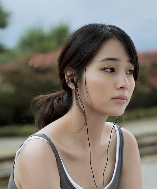 Min-Jung Lee, Korean Actress, whom I love. :)