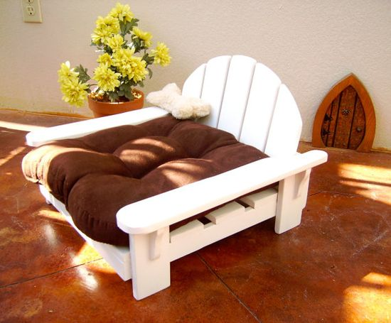 Pet Adirondack Bed/Chair for your Dog or Cat by BigCreekMercantile, 65.00.
