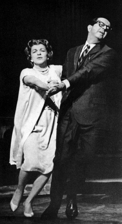 Nancy Walker and Phil Silvers in a scene from Do Re Mi, 1960