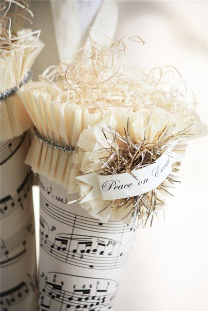 Decorations music Christmas, May Day basket