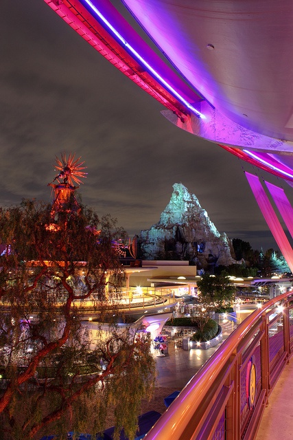 Tomorrowland at night. That feeling you get when your walking through the park at night and you see views like this.