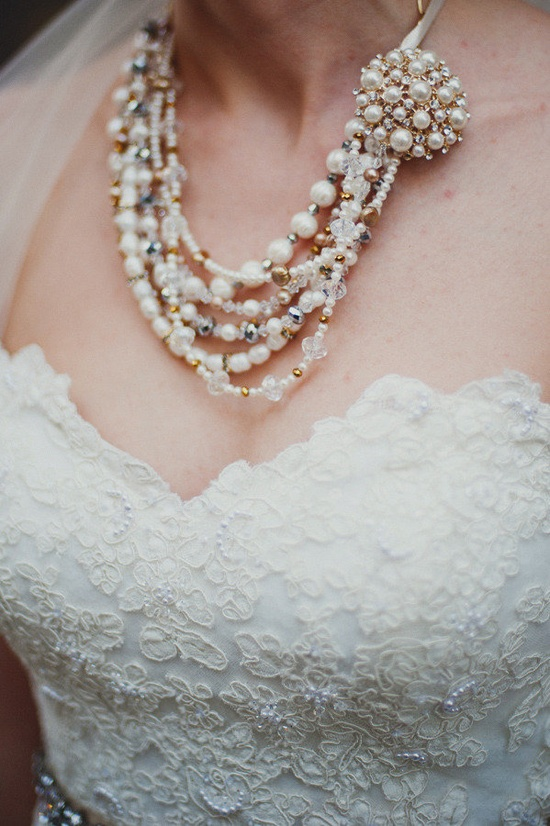 Necklace made by the brides mother ;) Photography by taylorlordphotogr...