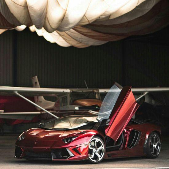 Smoking Hot Lamborghini Aventador