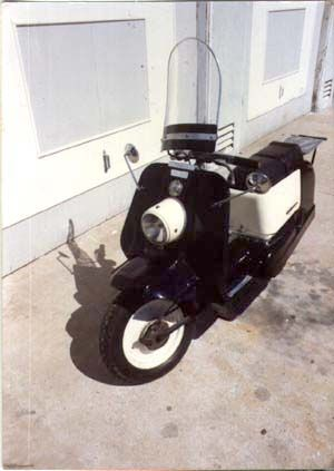 For all the Harley fans. Small numbers of the 165 cc Harley-Davidson Topper scooter were produced from 1960 to 1965 using the engine from their line of light motorcycles based on the DKW RT 125. It had a fiberglass body, a continuously-variable transmission, and a pull-cord starting mechanism