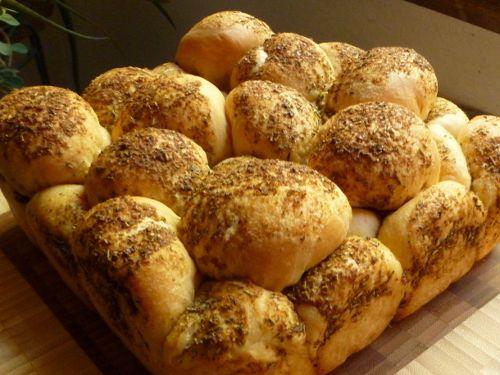 Herb monkey bread