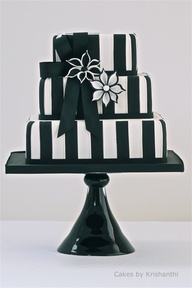 #wedding #Cakes black and white