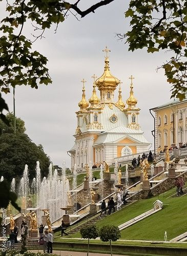 """The Peterhof Palace is a series of palaces and gardens located in Saint Petersburg, Russia, laid out on the orders of Peter the Great. These Palaces and gardens are sometimes referred as the """"Russian Versailles""""  #Russia"""