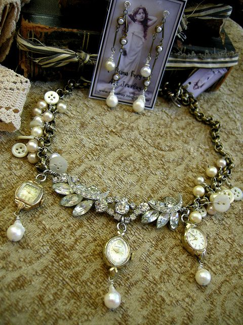 Great idea for creating jewelry with old watches.
