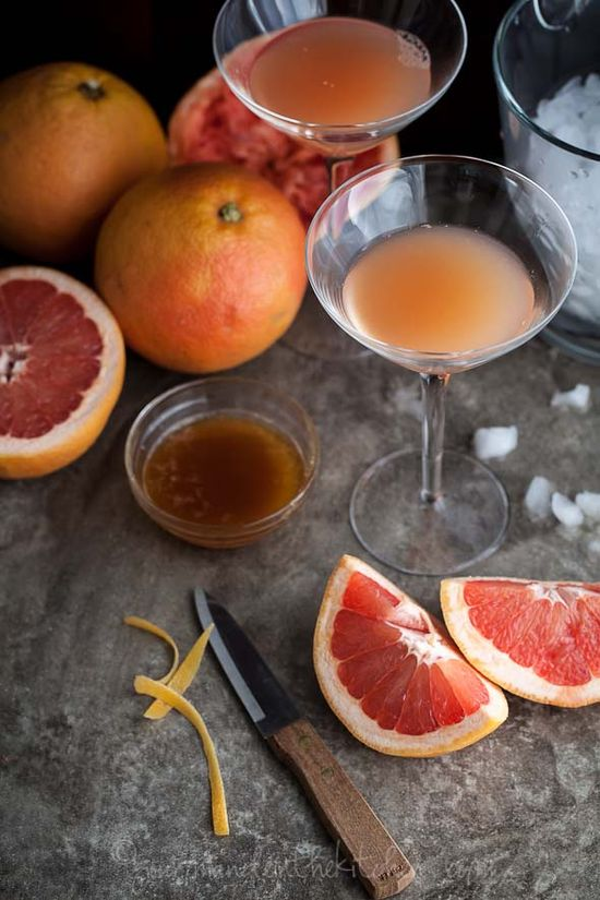 old fashioned grapefruit cocktail