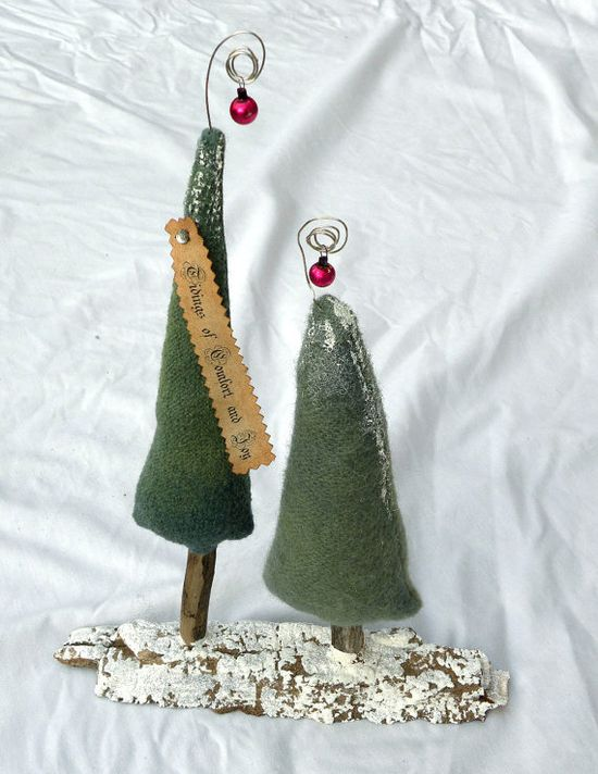 Pine Tree Primitive Christmas Tree OFG Team by Handofbelapeck