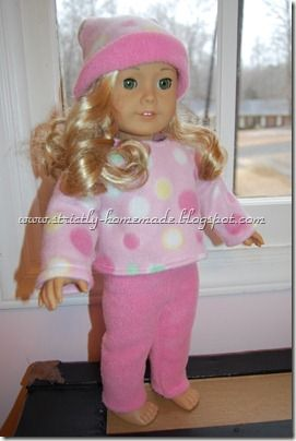 """Free Pattern for a Winter Outfit that fits 18"""" doll!"""