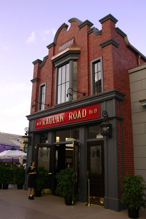 Raglan Road - Downtown Disney - one of my most must place to eat at Disney!