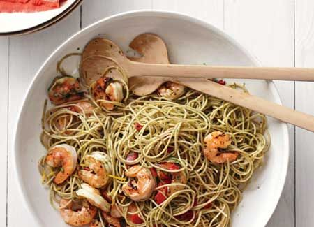 The 10 Easiest Pasta Meals Ever   Make any of these tasty (and healthy!) pasta recipes in less than 30 minutes!  Shown: Lemon Shrimp with Roasted Peppers