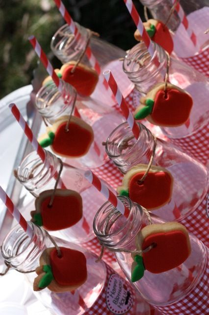 Apple cookies and milk bottles at a Picnic Party #picnicparty #cookies