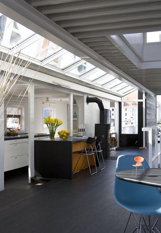 wnętrze mieszkania na barce