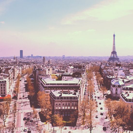 Traveller's Bazaar Paris Travel Guide Video